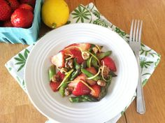 Strawberry Asparagus Spring Salad  @Primally Inspired