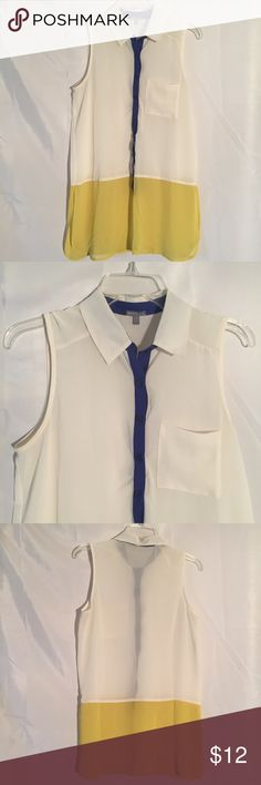 Charlotte Russe sleeveless top shirt size S Charlotte Russe sleeveless top shirt size S Charlotte Russe Tops Blouses