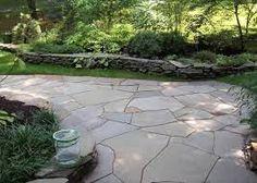 Large stones, graceful curves