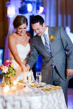 Small cake cutting table, chevron wedding linen #boldlychicevents