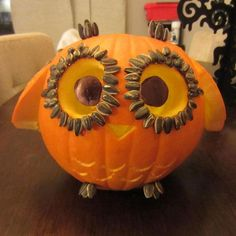 Owl Pumpkin Carving, Awesome Pumpkin Carving Ideas for Halloween Decorating… Owl Pumpkin Carving, Awesome Pumpkin Carvings, Pumpkin Carving Contest, Spooky Pumpkin, Pumpkin Ideas, Pumpkin Pumpkin, Spiderman Pumpkin, Pumpkin Images, Humour Halloween