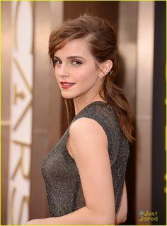 Natalie Portman vs Emma Watson