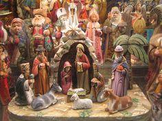 Вертеп — устаревшее название пещеры, сохранившееся в церковнославянском. Согласно Евангелию в Вифлеемском Вертепе произошло Рождество Иисуса Христа. Вертепы бывали разные, большие и маленькие, куклы делались довольно просто, вырезались из дерева, заготовки раскрашивали и одевали в одежды из цветных лоскутков. В церквях же на Рождество принято выставлять неподвижные вертепы с яслями и скульптурными изображениями Пречистой Девы, Праведного Иосифа Обручника и Младенца Христа.