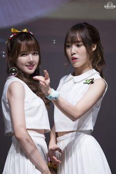 Gfriend-Yerin and Yuju