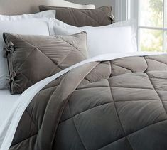 Shop velvet comforter from Pottery Barn. Our furniture, home decor and accessories collections feature velvet comforter in quality materials and classic styles. Cal King Bedding, Duvet Bedding, Comforter Sets, Bedspread, Neutral Bed Linen, Bedding And Curtain Sets, Modern Crib, Modern Bedding, Sleeping Porch