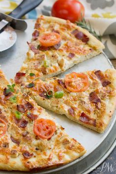Ranch Sauce Pizza with Chicken and Bacon is my new favorite pizza. It may, in fact, be my new favorite food! It's full of great flavor and two of my favorites, bacon and ranch!