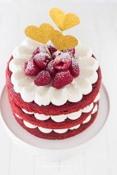 16 Ideas Birthday Cupcakes For Women Red Velvet For 2019 Receita Red Velvet, Bolo Red Velvet, Bolos Naked Cake, Naked Cakes, Pretty Cakes, Beautiful Cakes, Mini Cakes, Cupcake Cakes, Red Velvet Cake Decoration
