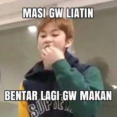 Memes Funny Faces, Funny Kpop Memes, Exo Memes, Cute Memes, Funny Quotes, Husband Meme, K Meme, Some Jokes, Drama Memes