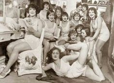 1924 Inside a dressing room at the Moulin Rouge