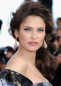 Resultados da Pesquisa de imagens do Google para http://www.fashionfame.com/wp-content/uploads/2012/05/2012-cannes-hairstyle.jpeg