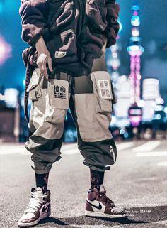Amyhry Fashion StreetWear: an exclusive selection of Women's and Men's StreetWear, Shoes, Accessories. Best Streetwear Brands, Style Streetwear, Japanese Streetwear, Streetwear Fashion, Streetwear Shoes, Grunge Look, Grunge Style, Pantalon Streetwear, Maroon Vans