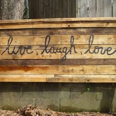 Queen size headboard made from pallets
