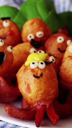 Recipe with video instructions: Weenie Octopuses are the new Pig in a Blanket Ingredients: 16 mini sausages, 100 g pancake mix, 50 g milk, 40 g ketchup, oil for frying, mayonnaise, cheese slices, nori