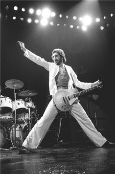 Pete Townshend Let my love open the door to your heart <3