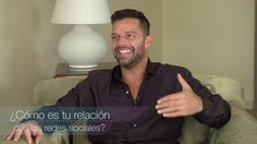Ricky Martin habla de redes sociales, Adiós y muchas cosas más en una entrevista exclusiva / Ricky Martin fala de redes sociais, Adiós e muito mais em uma entrevista…