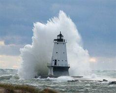 Ludington Michigan lighthouse Ludington Michigan, Lake Michigan, Michigan Usa, Lighthouse Pictures, Costa, Light Of The World, Great Lakes, Ocean Beach, Exterior