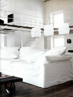 An industrial white home - Designed by Paola Navone