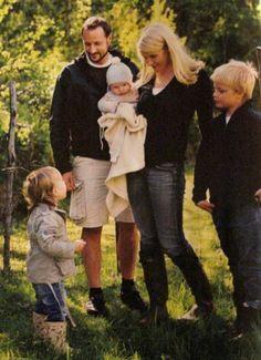Norway's Royal Family via The Three Princesses