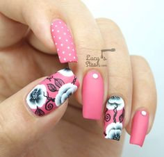 Black  White One Stroke Flower Nail Art - Lucys Stash