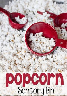 Need an activity for the kids, but don't want a lot of work? This simple play popcorn sensory bin takes the same effort as popping popcorn.