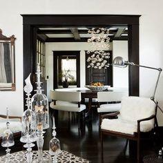 Black hardwood floors + Black trim + White walls = AWESOME.