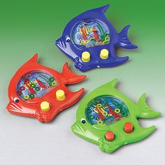Fish Ring Toss Water Game Description: Here fishy, fishy! This fun fish water game has push buttons to move the rings and comes in assorted colors (yellow, Childhood Memories 90s, Childhood Toys, 1990s Kids, 90s Toys, Ring Toss, Water Games, Water Toys, Old Games, Vintage Toys