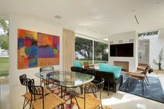 Hollywood Hills Residence,© Jeff Ong / PostRAIN Productions