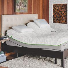 Melhor do que uma boa cama... Só uma boa cama articulada! Uma das maiores marcas de colchões e travesseiros do mundo, a TEMPUR, traz um modelo em diferentes tamanhos, com direito a controle remoto sem fio e um infinito de possibilidades. Basta apertar um botão, que ela vira o melhor lugar para ver TV, ler, fazer massagem, relaxar e mais o que você quiser. #colchõesbotafogo #colchõesbotafogoipanema #colchões #sealy #simmons #tempur #epeda #stearns&foster #ipanema #rio