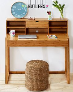 Schon Wunderschöner Kleiner Schreibtisch, Sekretär Von Butlers