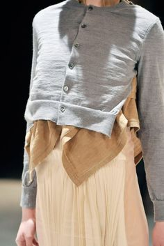 COMME DES GARCONS, AW09: and the eternal quest for the unexpected. #comme_des_garcons #knitwear #rei_kawakubo