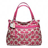 coach poppy purse, this is my second favorite Coach purse that I wouldn't mind having! I want a Coach purse!
