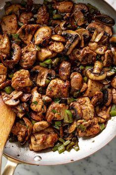 Delicious Garlic Mushroom Chicken Bites - Cafe Delites