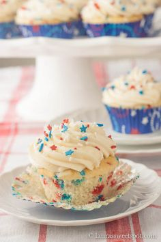 4th of July Funfetti Cupcakes!