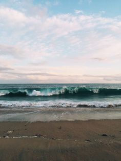 Ocean - by Melody Hansen Beautiful World, Beautiful Places, Triomphe, Beach Aesthetic, To Infinity And Beyond, Ocean Waves, Land Scape, Summer Vibes, Surfing