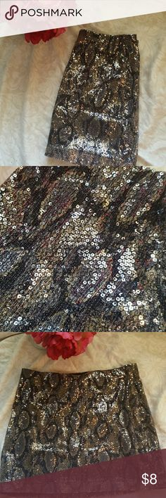 Express Sparkly skirt Good conditions. Perfect for holidays coming around. Express Skirts