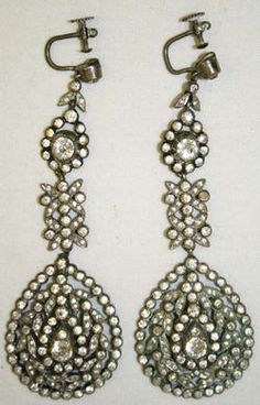Object Name  Earrings  Date  late 18th century