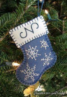 Bota para el árbol de navidad, en tonos azules.