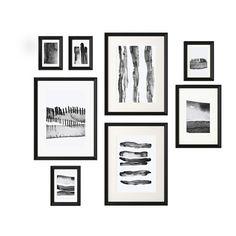 IKEA - KNOPPÄNG, Cadre avec image, 8 pièces, Le patron inclus dans l'emballage et les motifs coordonnés des reproductions vous permettent de créer facilement un regroupement personnalisé.Motifs encadrés - prêt à accrocher au mur.Motif créé par Hanna Dalrot.Si vous voulez varier, il suffit de changer la toile du cadre ou même d'y insérer un tissu.Vous pouvez choisir de couper le patron pour créer un regroupement personnalisé.Peut recevoir 8 photos, pour créer un regroupement ...