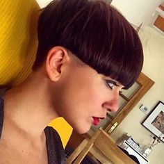Very Short Hair, Short Hair Cuts, Short Hair Styles, Short Wedge Hairstyles, Short Bob Haircuts, Bowl Haircut Women, Mushroom Hair, Bowl Haircuts, Shaved Nape