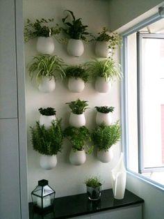 Fotos con ideas para hacer jardines verticales en tu apartamento. #livingRoom