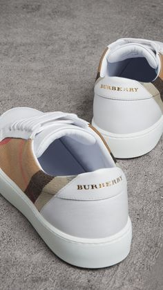 Check Detail Leather Sneakers in House Check Optic White Women Burberry Sneakers en cuir avec d tails check House Check blanc Optique Femme Burberry Dr Shoes, Hype Shoes, Shoes Sneakers, Veja Sneakers, Jeans Shoes, Gucci Sneakers, Mens Fashion Shoes, Sneakers Fashion, Fashion Top