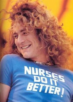 Shared by i'll be your rose. Find images and videos about led zeppelin and robert plant on We Heart It - the app to get lost in what you love. Robert Plant Wife, Robert Plant Quotes, Robert Plant Young, Jimmy Page, Robert Plant Led Zeppelin, The Band, Julian Casablancas, Leiden, Funny Videos