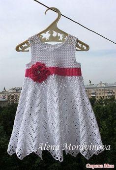 Robes - Modèles pour Bébé au Crochet http://modeles-bebe-crochet.overblog.com/tag/robes/