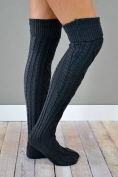 The Charcoal Cable Knit Boot Socks are stylish and cozy, making them a perfect choice for casual afternoons when looking effortlessly cute is of utmost importance! {Also available in Cream, Grey and B Cable Knit Socks, Knit Boots, Knitting Socks, Hunter Boots Outfit, Over The Knee Boot Outfit, Fashionable Snow Boots, Thigh High Socks, Casual Skirt Outfits, Boot Socks