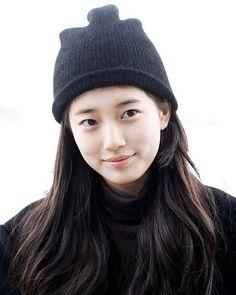 いいね!1,846件、コメント1件 ― @justsuzy9410のInstagramアカウント: 「180101 ICN 출국 수지 Suzy at Incheon International Airport. - #수지 #숮이 #배수지 #여신 #사랑 #이쁘다 #아름다운 #귀여워…」