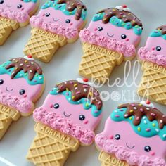 I can't believe it's already June! to these cute kawaii ice cream cones I made for my niece's birthday last year. Ice Cream Cookies, Fancy Cookies, Iced Cookies, Cute Cookies, Royal Icing Cookies, Ice Cream Theme, Ice Cream Day, Kawaii Cookies, Biscuits