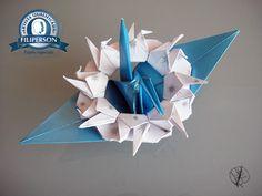 III. Série Tsurus Tradicionais Mandalas 18. Tsuru Metamorfo Mandala Crane Ring 018.018032017 - Papel utilizado: Metallics Azul A4 - Decor Splash Prata/Branco - (30,5cm x 30,5cm, 180g)  https://yamashitatereza.wordpress.com/tsurus-metamorfos