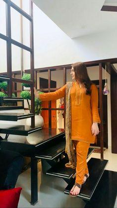 woman s clothing Stylish Dress Designs, Stylish Dresses For Girls, Designs For Dresses, Simple Dresses, Stylish Dress Book, Pakistani Fashion Party Wear, Pakistani Wedding Outfits, Simple Pakistani Dresses, Pakistani Dress Design