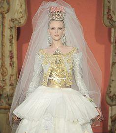 Christine Lacroix, magnifique. París.