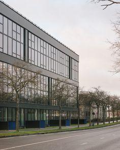 WESTSIDE - Programme tertiaire_RENNES - Agence a/LTA architectes - urbanistes Le Trionnaire (x2) - Tassot - Le Chapelain Multi Story Building, Aphasia, Rennes, Architects, Program Management